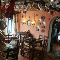 OMAMA Coffee Shop