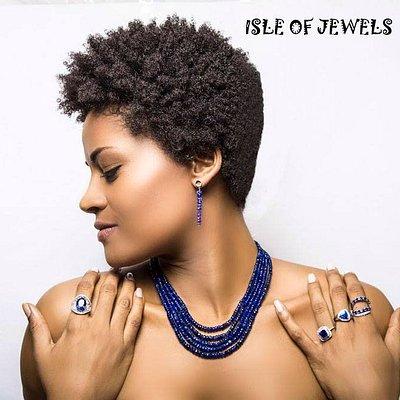 Specialize in custom handmade jewelries