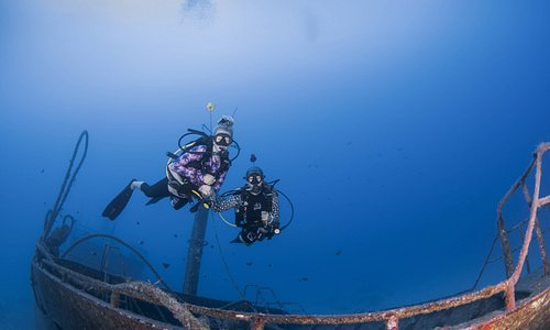 Tian Xiang, Shipwreck on 45mts on the coatline of Flic en Flac