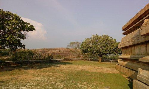 raya gopuram