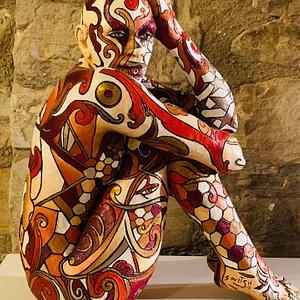 Galleria Artenate . Galleria di arte contemporanea a Todi, una tra poche in Italia con opere di Rabarama, incredibile il numero di opere visibili.