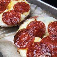 Pizza bagel!