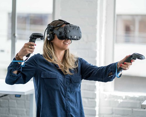 Entax Virtual Reality, experience VR with HTC Vive Pro