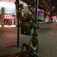 Cool statue's