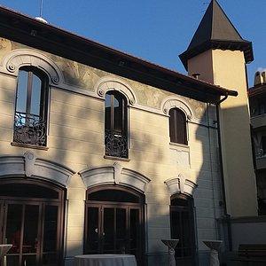 La Villa all'ingresso