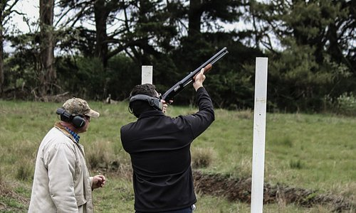Clay pigeon shooting - great fun and ideal for team-building, wedding parties, family outings etc.