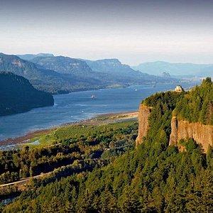 Columbia Gorge & Waterfalls Tours