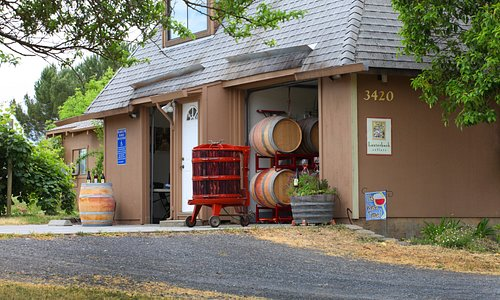 Lauterbach Cellars Winery