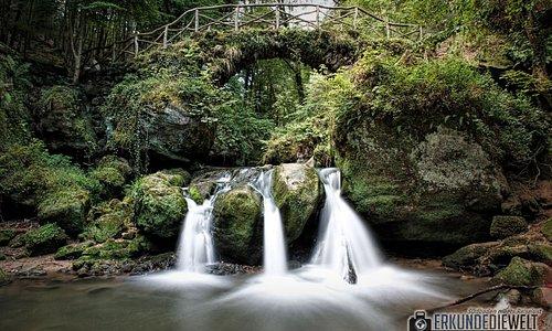 Schiessentümpel Wasserfall auf dem Mullerthal Trail in Luxemburg