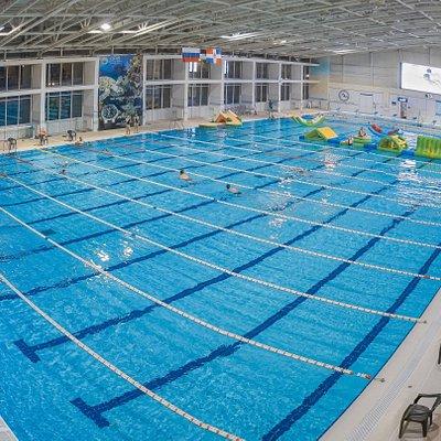 Большой 50м бассейн Олимпийского стандарта. 10 дорожек по 50м