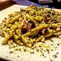 Trofie pesto di pistacchio e speck!