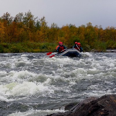 River rafting on the border river of Könkämäeno, between Finland and Sweden, gives you two countries in one trip.