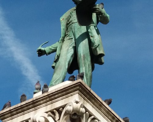 Monumento a Joaquim António Aguiar