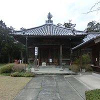 奥の院羅漢堂(弥勒堂)です