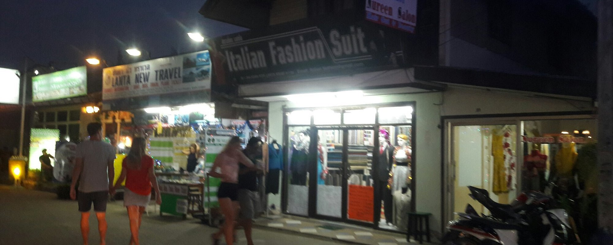 Welcome to koh lanta Salanda waking streets Italian fashion suite was waiting for you make nice thing and big sell for special for New Year