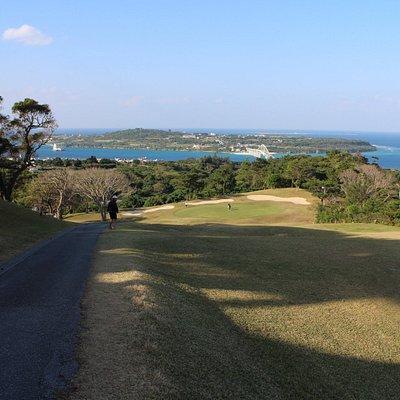 ベルビーチゴルフクラブにて。
