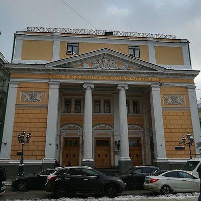 Здание Биржи, по улице Ильинка, дом 6/1.