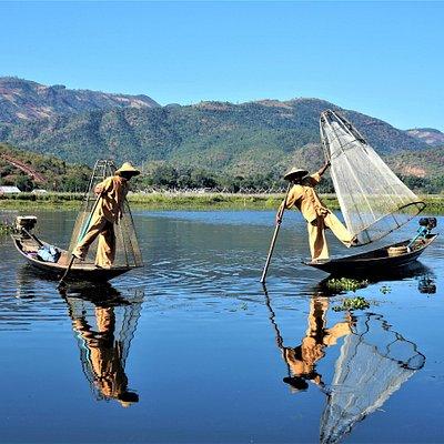Lac Inle et les Inthas ( habitants du lac)