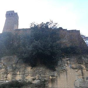 Le mura della Rocca