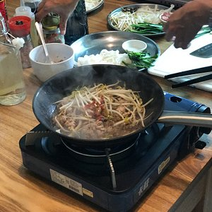 Stir-Fried Hakka Rice Noodles