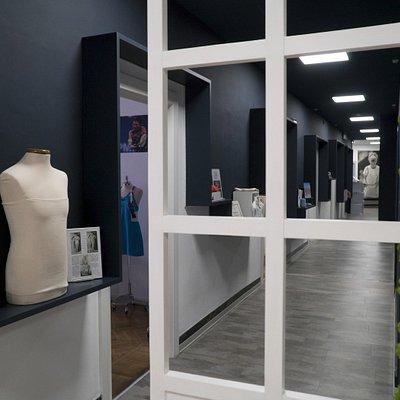 L'origine del brand FILA risale a oltre un secolo fa nella città di Biella, in Italia.