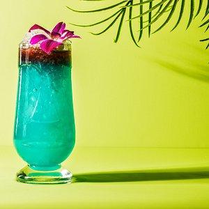 Rhumbar Blue Hawaii