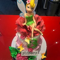 cakedesign.. torta per bambini Trilly Flowers..pasta di zucchero