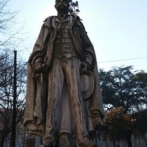 Estatua de Ramalho Ortigao