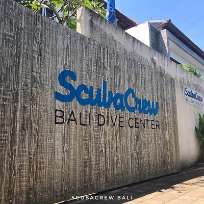 SCUBACREW BALI FRONT DOOR