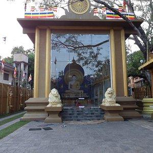The main Buddha Hall
