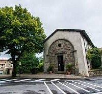 כנסייה ליד המכרה