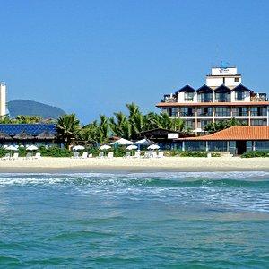 Fachada do Hotel frente mar