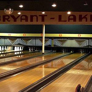 Retro bowling lanes