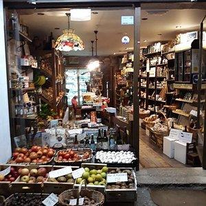 Frutas merce, productos típicos  gallegos, gourmet y delicatessen