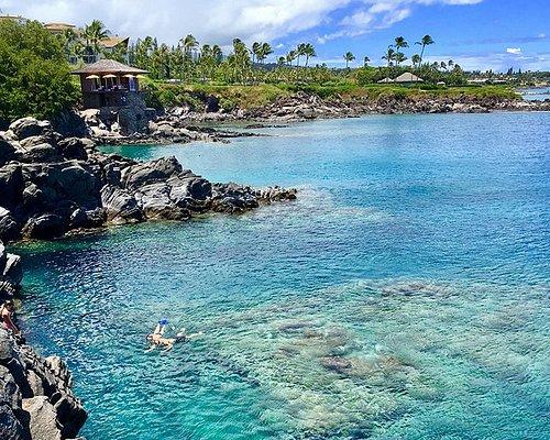 Explore the coastline of West Maui