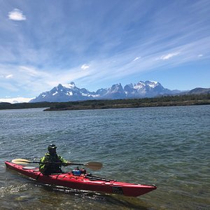 With our colleagues BIG FOOT EXPEDITIONS we coordinate kayak trips (full day-half day) to see glaciers right in your boat!!