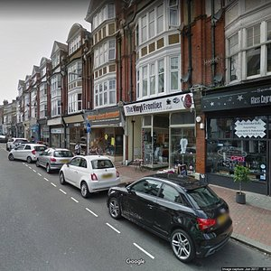 Little Chelsea is located 2 minutes from the town centre and comprises of Grove Road and South Street offering a wide variety of small businesses to discover. Enjoy shopping and eating in this central area if your are visiting Eastbourne...