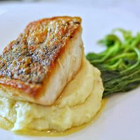 Seabass with Mash Potatoes & Spinach