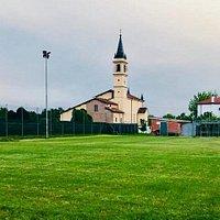 La chiesa nella campagna