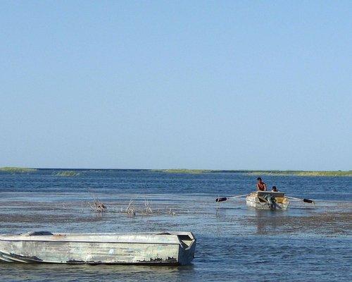 fishing in lake Tuzkan (Aydar)