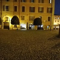 La piazza della Pomposa.