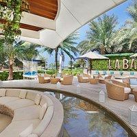 La Baie Lounge - Al fresco Dining