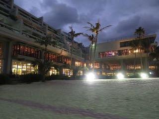 ビーチからホテル側