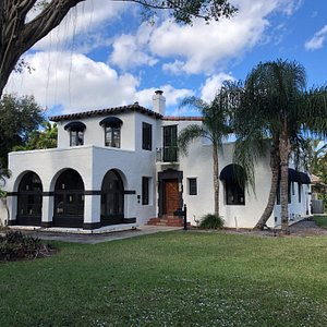 Fred C. Aiken house from the corner of Paloma Avenue and Hibiscus St.