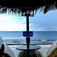 Welcome to Margarita snack-bar, at Perivolos beach Santorini .