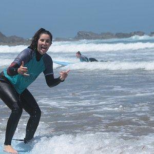surf lesson in  praia da luz, lagos
