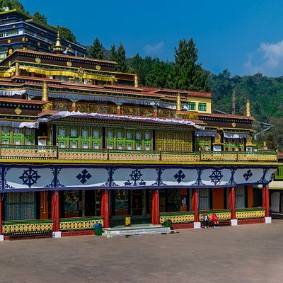 Private Tour - 5 Days in Darjeeling & Gangtok from Kolkata, visit monasteries, enjoy joy ride on toy train, hotel accommodation in 4 star, contact info@wrjholidays.com