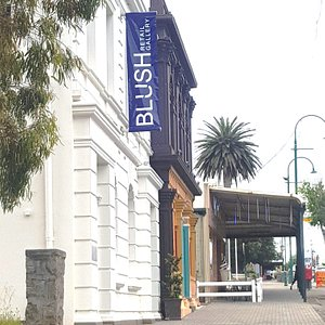 The gallery is in the centre of the city, and easy to find on the main street.