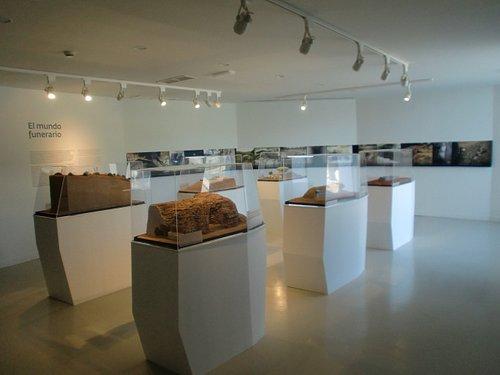 Área 7. Ritos y Costumbres Funerarias