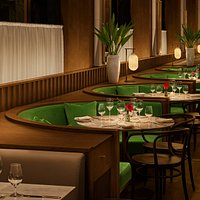 Shanghai Tavern Seating